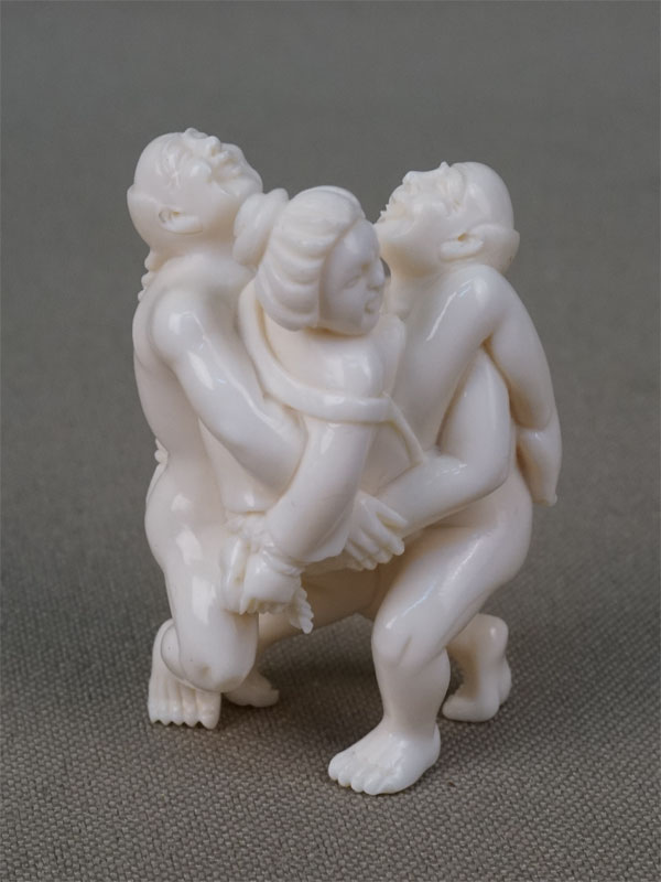 Антиквариат. Скульптура-сюнга Эротика