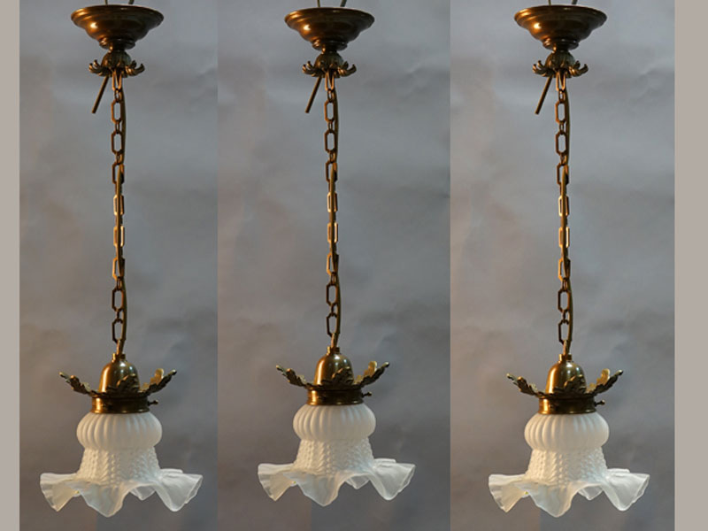 Три люстры-ампеля, бронза, стекло.