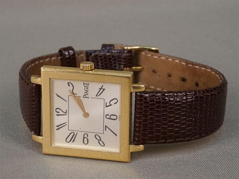 Часы мужские наручные скожаным браслетом вфутляре Piaget, золото 750пробы