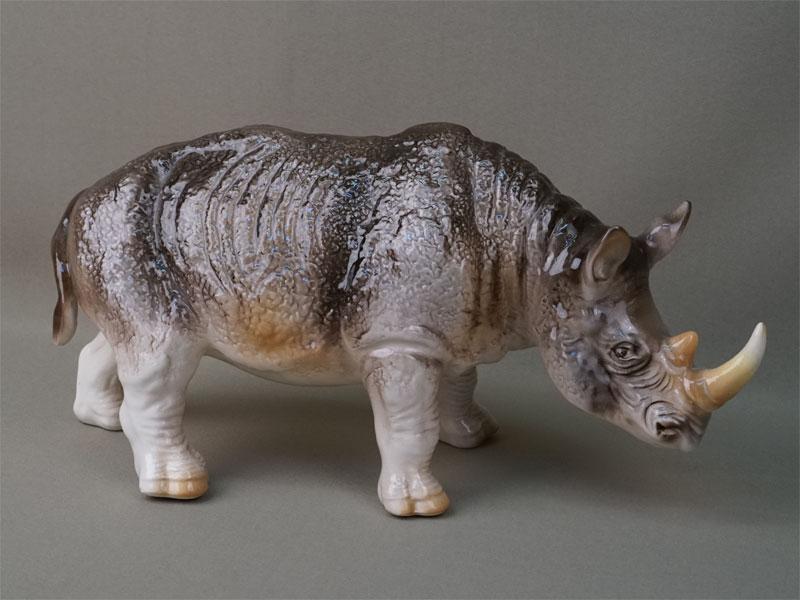 Антиквариат. «Носорог», фарфор