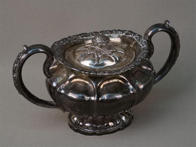 Сахарница, серебро 84пробы, позолота внутри, общий вес— 433г. Санкт-Петербург, 1848год