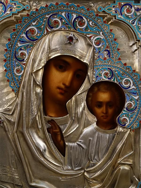 Икона «Пресвятая Богородица Казанская», дерево, масло, оклад серебро 84пробы, эмаль. Москва, 1892год, 31×27см; киот