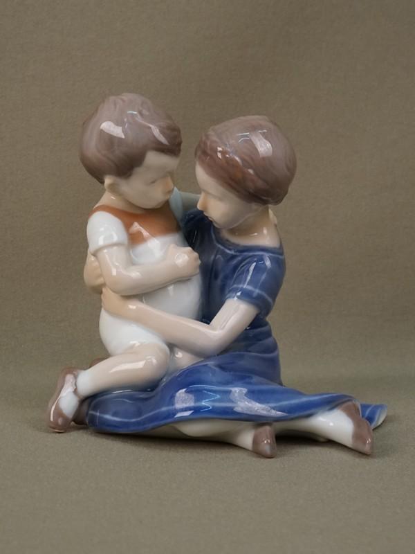 Антиквариат. «Брат и сестра», фарфор