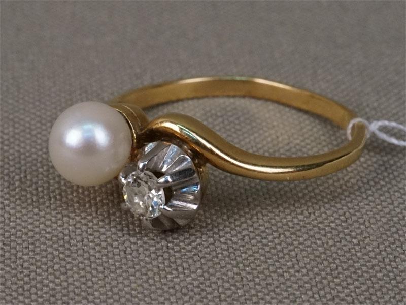 Антиквариат. Кольцо, золото бриллиант жемчуг.