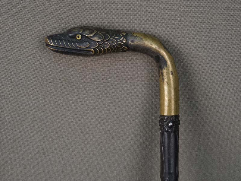 Стэк срукояткой «Змея», дерево, бронза, серебро 84пробы, конец XIX — начало XXвека, длина— 45см
