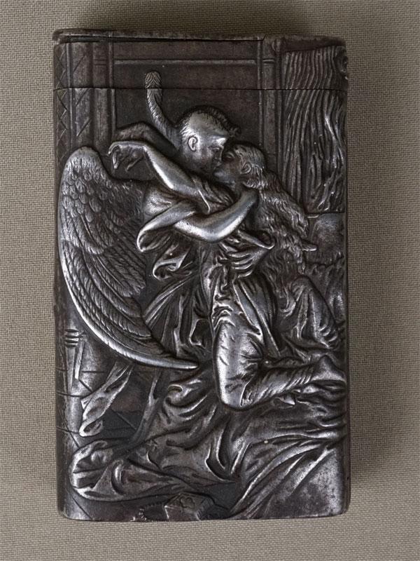 Портсигар со спичечницей «Демон и Тамара», чугун, литье, покраска. Касли, 1900 год, А. Мачалин