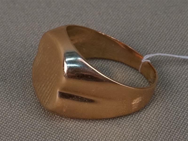 Кольцо-печатка, золото 583 пробы, общий вес 7,41г., размер 20,5