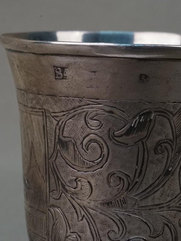 Две рюмки, серебро 84 пробы, чернь, общий вес 65,90г., высота 6см. Россия, XIX век