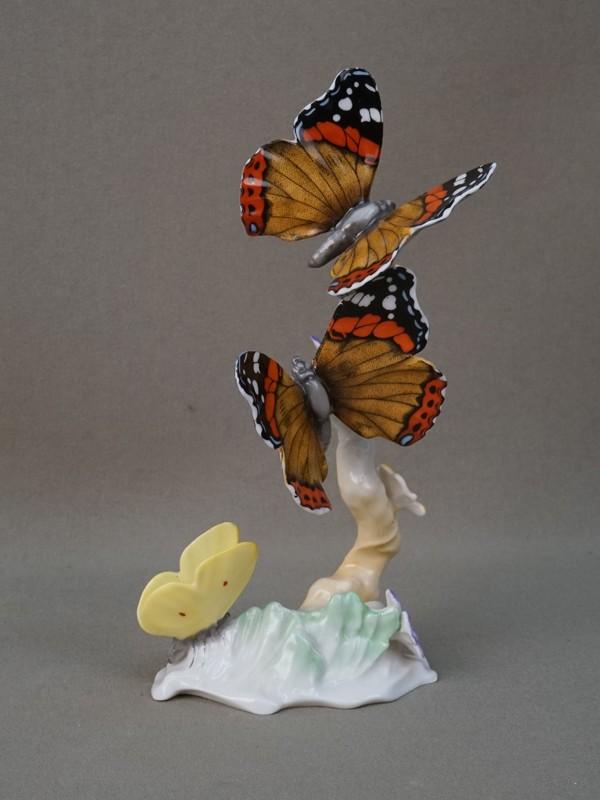 Скульптура «Бабочки», фарфор, роспись. Германия, Hutschenreuther, вторая половина XX века, высота 16см