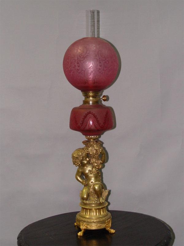 Лампа настольная керосиновая «Путти», бронза, стекло, травление, 76 × 19см (В × Ш)