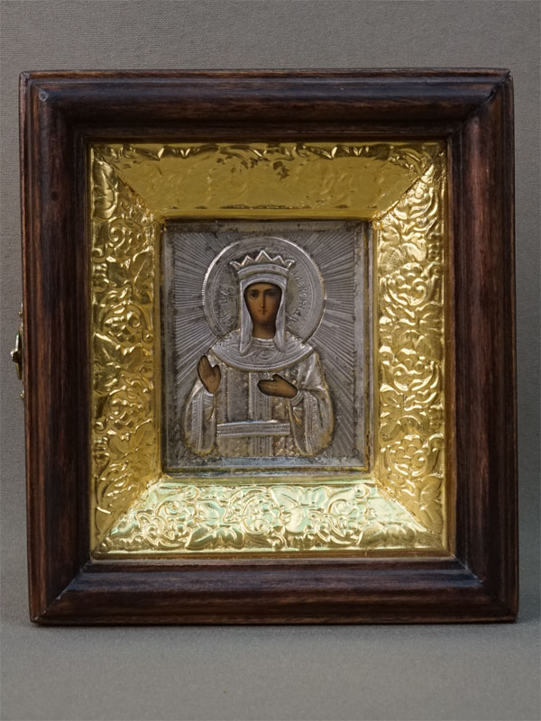 Икона в киоте «Святая Царица Александра», дерево, масло; оклад серебро 84 пробы. Конец XIX — начало XX века, 6,5 × 5,5см