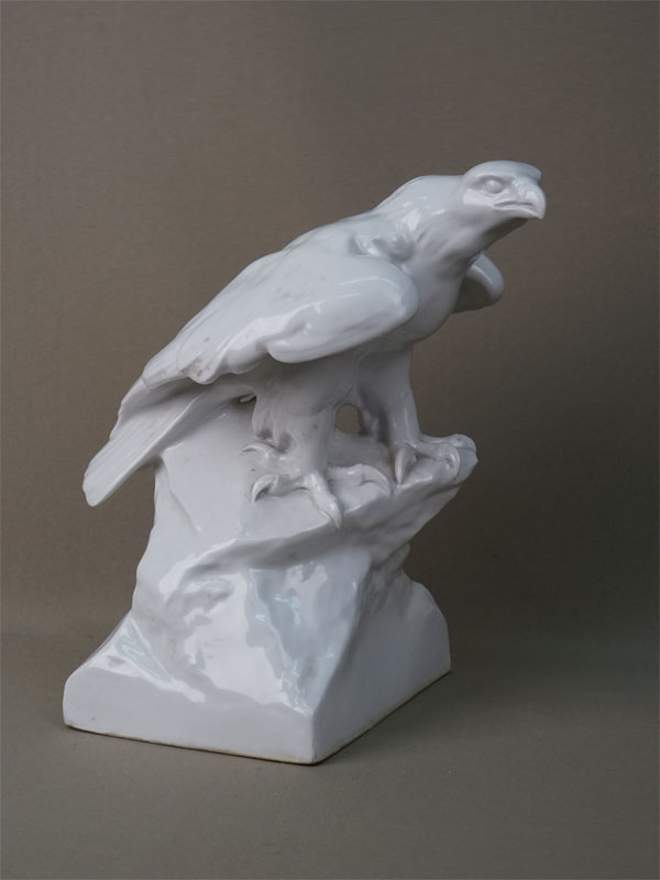 Скульптура «Орел», фарфор. Германия, Мейсен, середина XX века, высота 28см