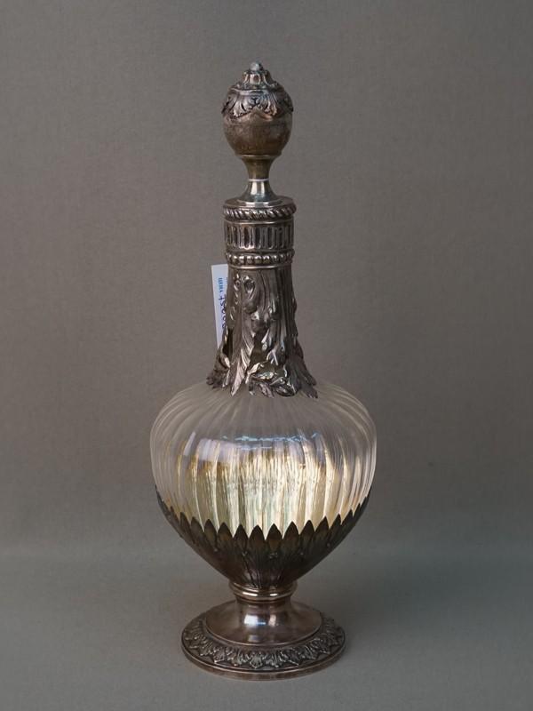 Графин, стекло, серебро по реактиву. Франция, конец XIX века, общий вес 636г., высота 27см