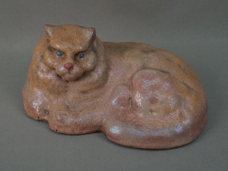 «Кошка», обливная керамика, длина 23,5см. Мастерские Строгановского училища, 1909 год