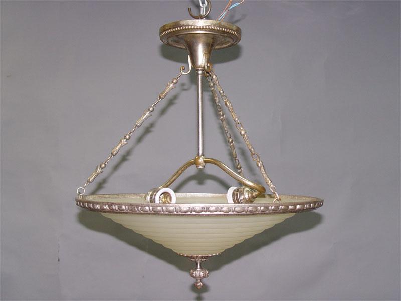 Люстра в стиле ар-деко, бронза, серебрение, бесцветное матированное стекло, 2 световые точки. Франция, 1920-е годы, 47 × 42см.
