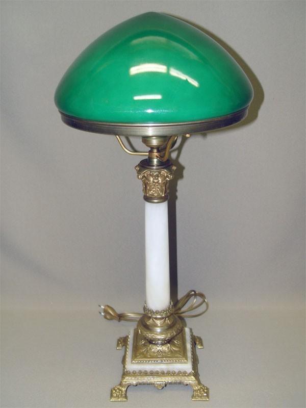 Лампа настольная в стиле неоклассицизм, камень, бронза, начало ХХ века, 58 × 28см.
