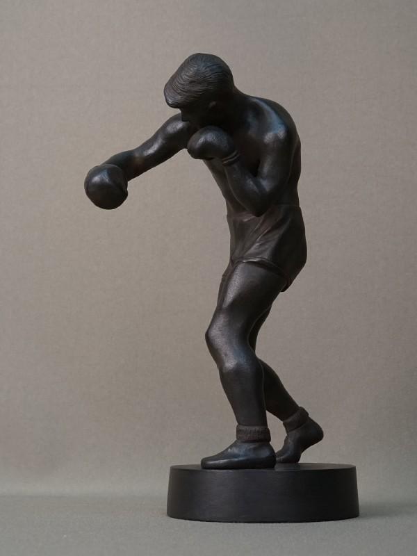Скульптура «Боксер», чугун, литье, покраска. Касли, 1959 год, высота 22см