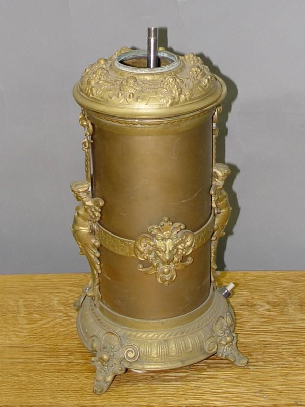 Основание настольной лампы в стиле историзм, бронза, конец XIX века, 30 × 15см
