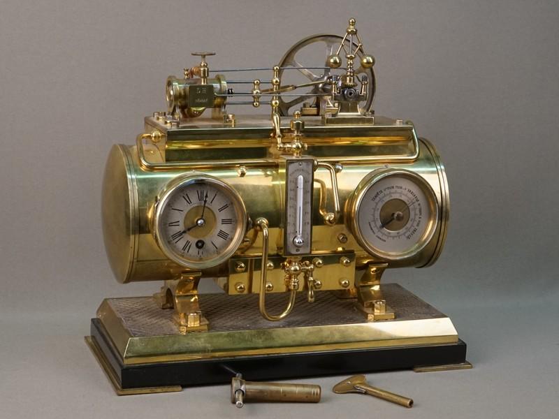 Часы в футляре «индустриальные» с барометром и термометром «Паровая машина», латунь, стекло, мрамор, 28,5 × 14,5 × 26,3см. Западная Европа, конец XIX – начало XX века