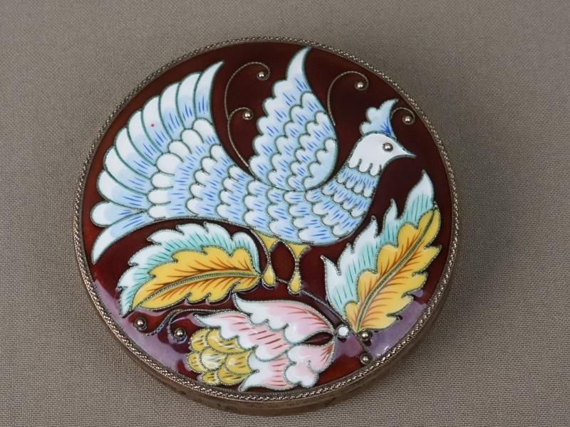 Шкатулка «Птица», серебро 925 пробы, эмаль, позолота внутри, общий вес 186, 6г., диаметр 8,3см