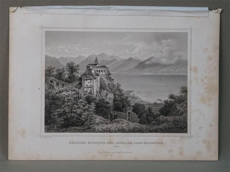 Церковь Madonna del Sasso (Богородица на камне) в городке Орселина. / Kloster Madonna del Sasso am lago Maddiore. (Tessin). Гравюра на стали. Рисовал C. Kohler. Гравировал  J. M. Kolb, 1850. 12,8 × 17,8 cm.