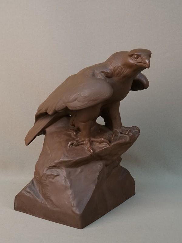 Скульптура «Орел», терракота.  Германия, Мейсен, середина XX века, высота 28см
