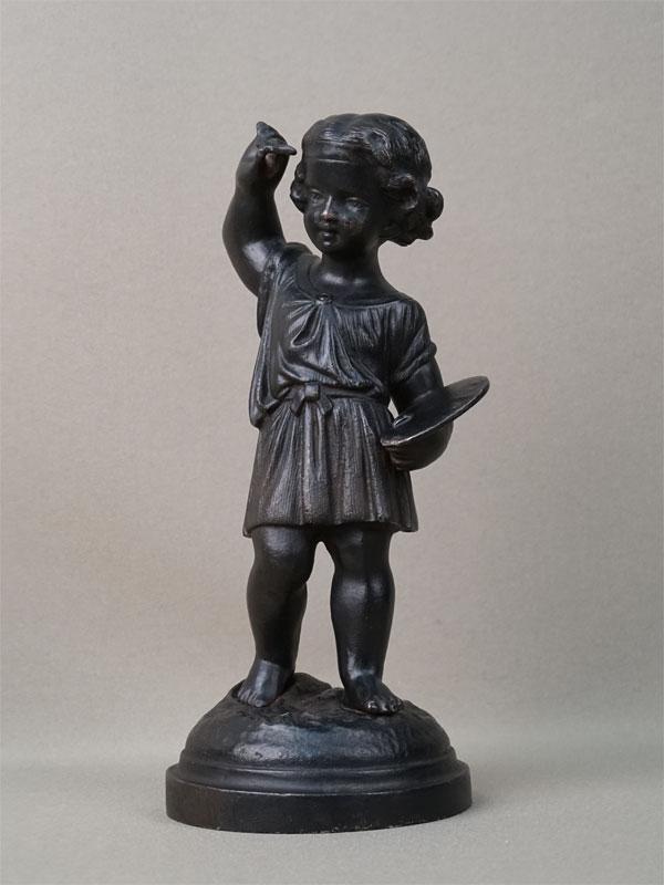 Скульптура «Мальчик-художник», чугун, литье, покраска, высота 21см. Кусинский завод, конец XIX – начало XX века