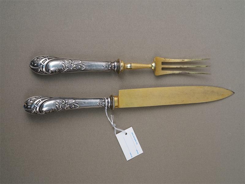 Сервировочный набор для мяса (вилка и нож), серебро 800 пробы по реактиву, сталь, общий вес 185г.