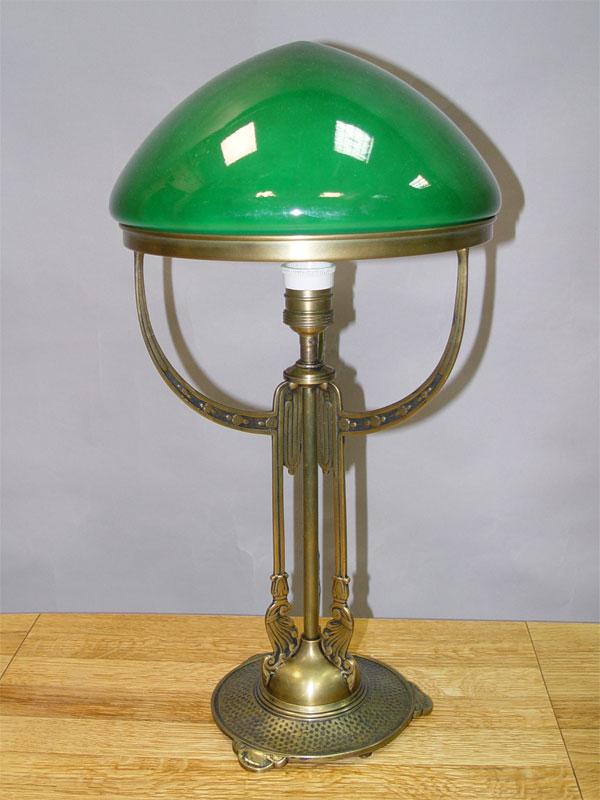 Лампа настольная в стиле модерн, бронза, стекло, начало ХХ века, 1 световая точка (стандартный патрон Е-27), 52 × 26см