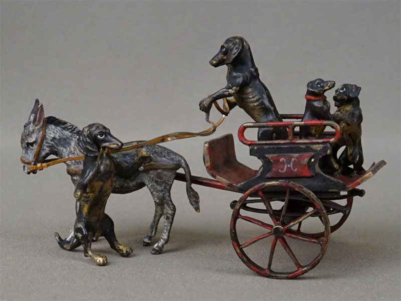Миниатюрная скульптура «Таксы и повозка с осликом», венская бронза, Бергман, конец XIX – начало XX века, длина 12см