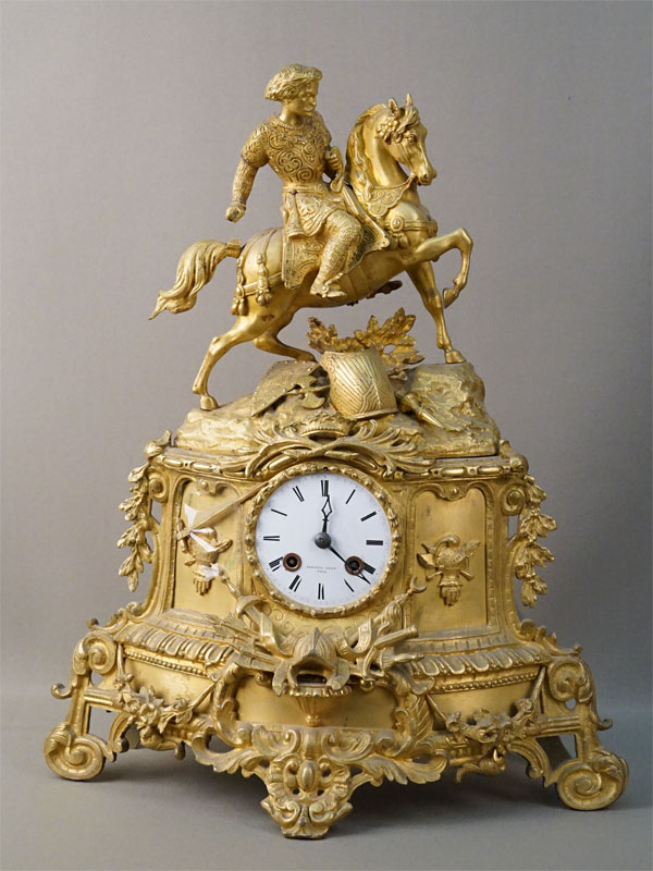 Часы каминные «Рыцарь», бронза, золочение, высота 45см