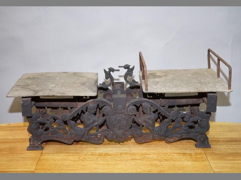 Весы рычажные, чугун, железо, XIX век, 25 × 52 × 23см