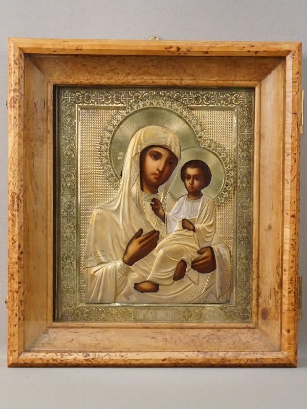 Икона в киоте «Пресвятая Богородица Тихвинская», дерево, левкас, темпера; оклад серебро 84 пробы, золочение, 1899 год, 26,5 × 22см