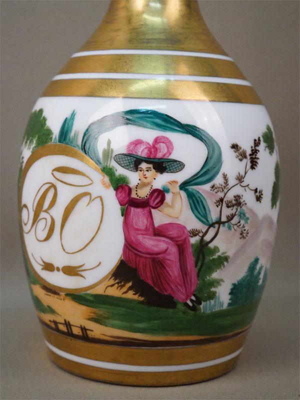 Флакон с пробкой «Две дамы», фарфор, роспись, золочение. Россия, частный завод, XIX век, высота 26см