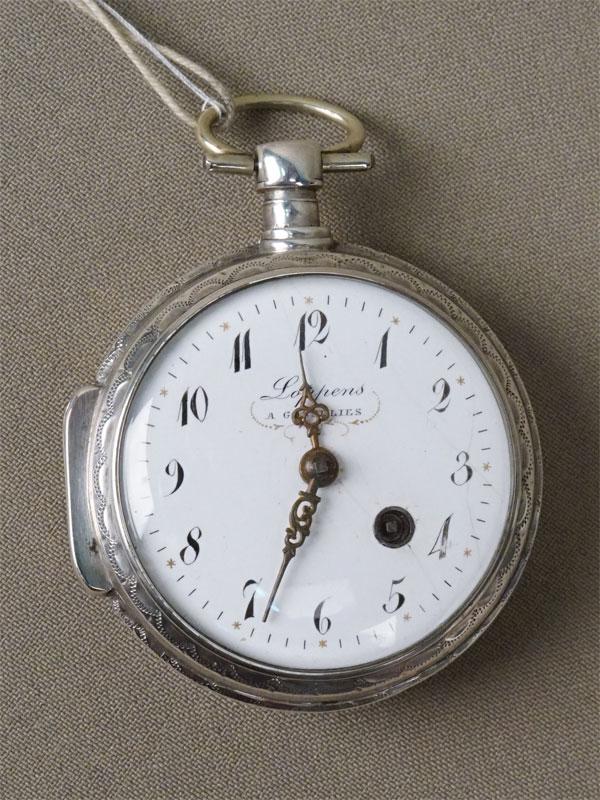Часы карманные с ключом, серебро по реактиву, диаметр 5см. Западная Европа, начало XIX века