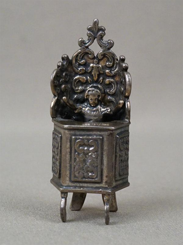 Миниатюра «Проповедник», серебро по реактиву, общий вес 25,5г., высота 5,6см, первая половина XX века