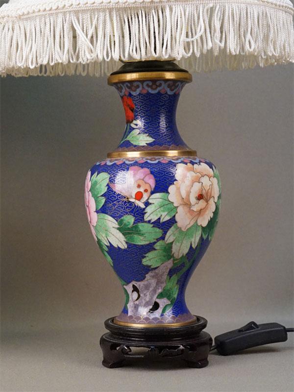 Пара настольных ламп, металл, эмаль клуазоне. Китай, середина XX века, высота 45см