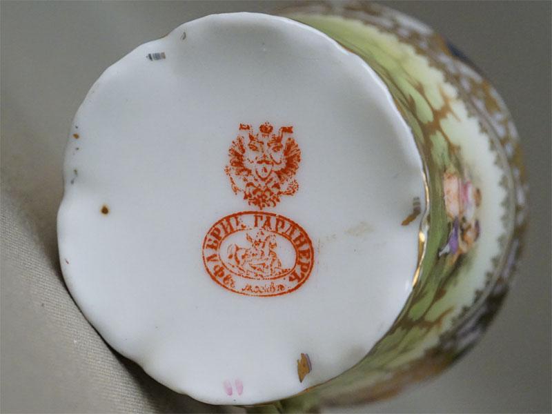 Кофейная чашка, фарфор, деколь. Завод Гарднера, конец XIX века