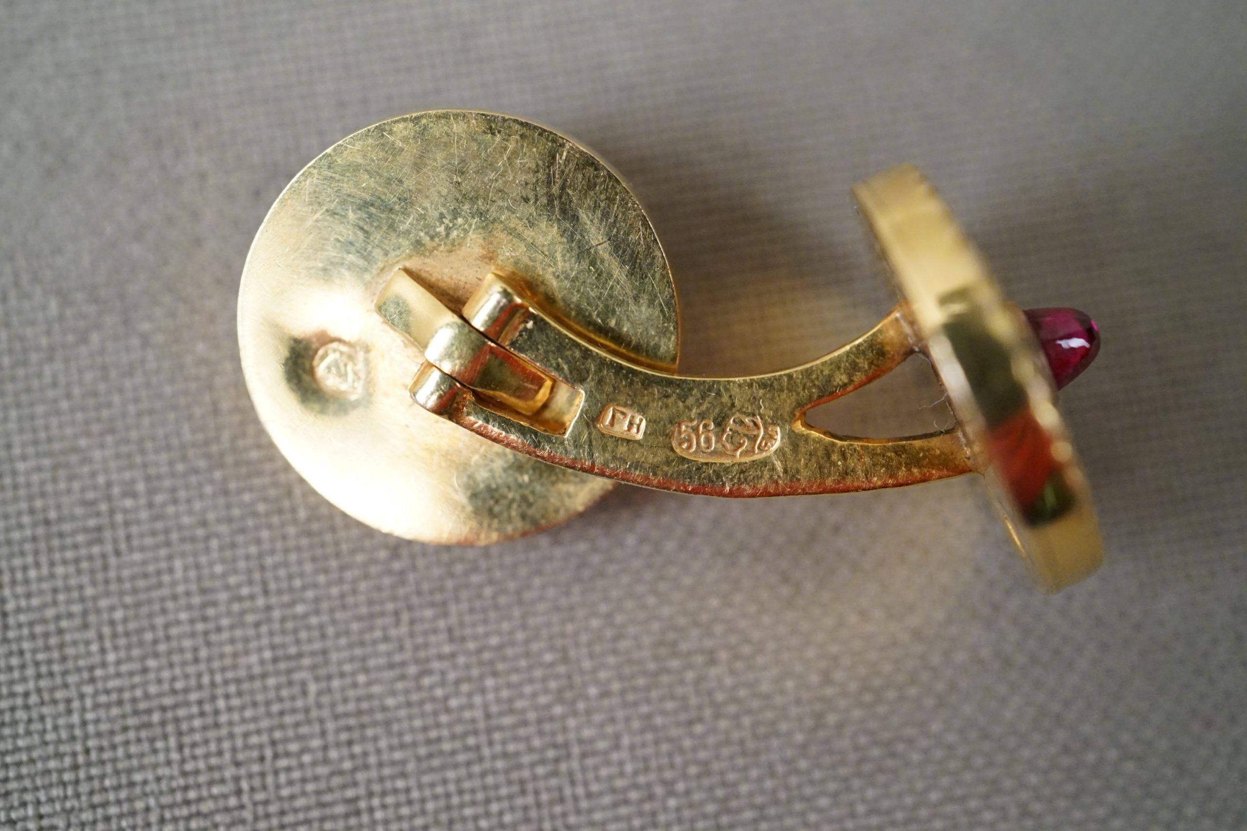 Запонки, золото , эмаль, выращенные рубины, общий вес 14,69г.