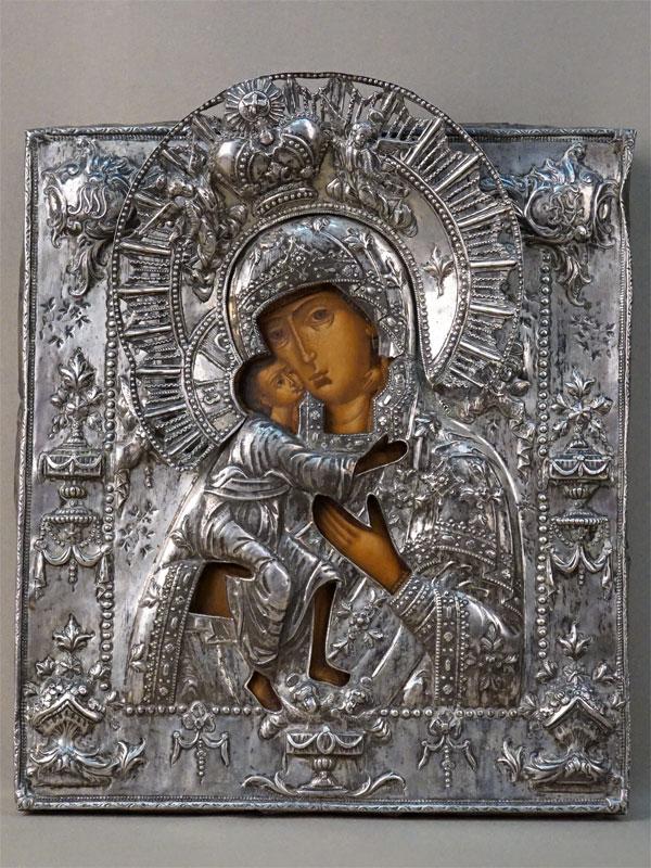 Икона «Пресвятая Богородица Федоровская», дерево, левкас, темпера, золочение; оклад серебро по реактиву, конец XVII — начало XVIII века, 32 ×  28,5см