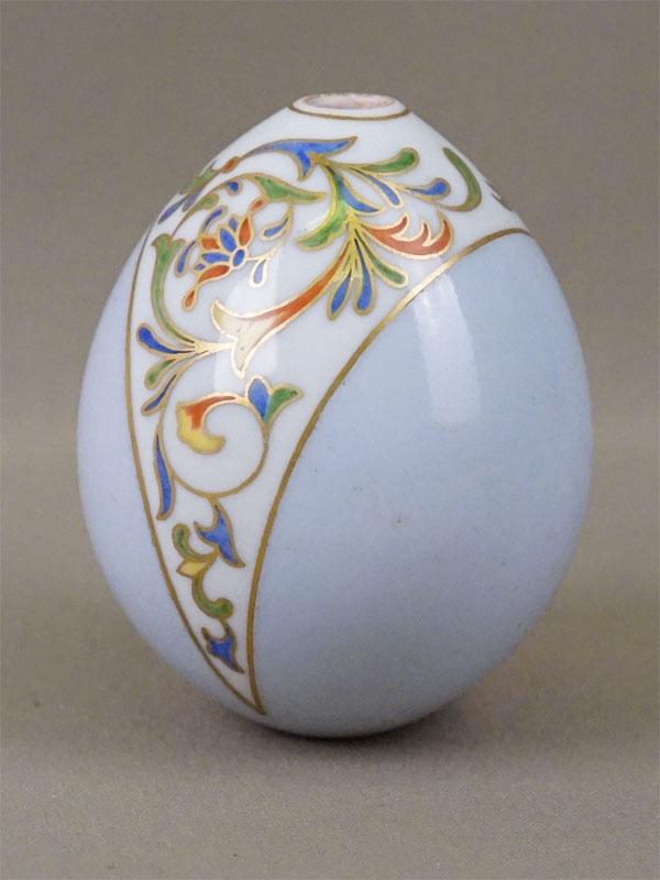 Яйцо пасхальное в русском стиле «Орнамент», фарфор, роспись, золочение, высота 9см