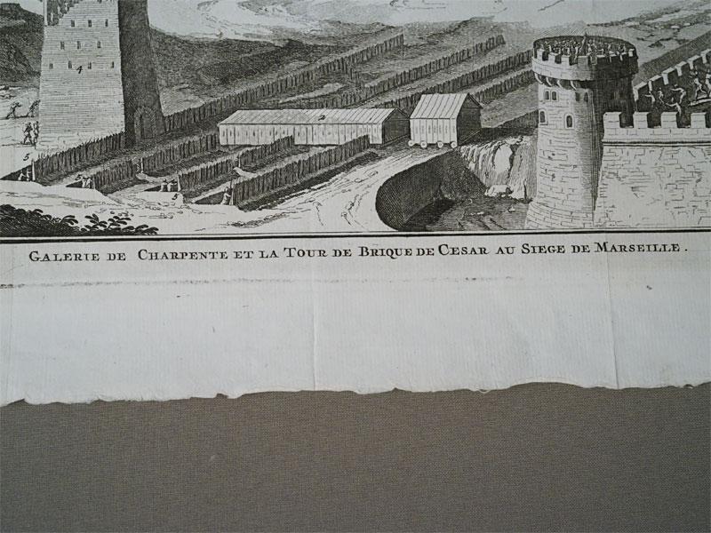 Осадная башня Цезаря и галерея при осаде Марселя. Гравюранамеди: M. Pool. Около 1727 г.  36,5 × 25,5 cм.