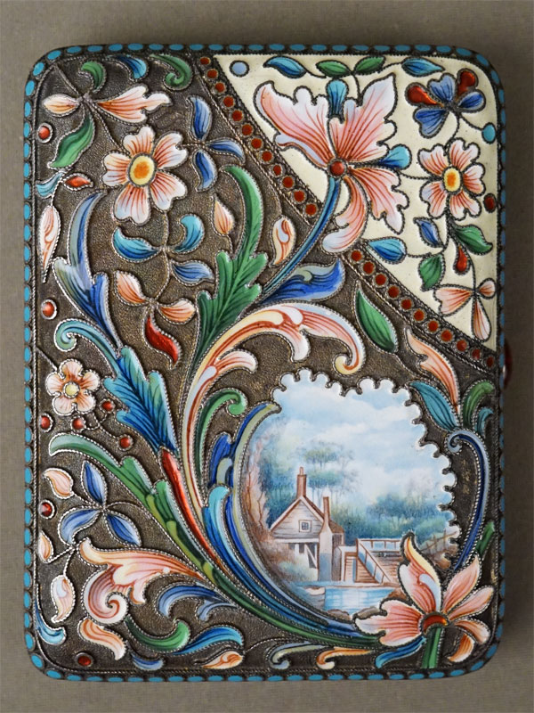 Портсигар в русском стиле, серебро 88 пробы, живописная эмаль, общий вес 208,70г., 10 × 8см