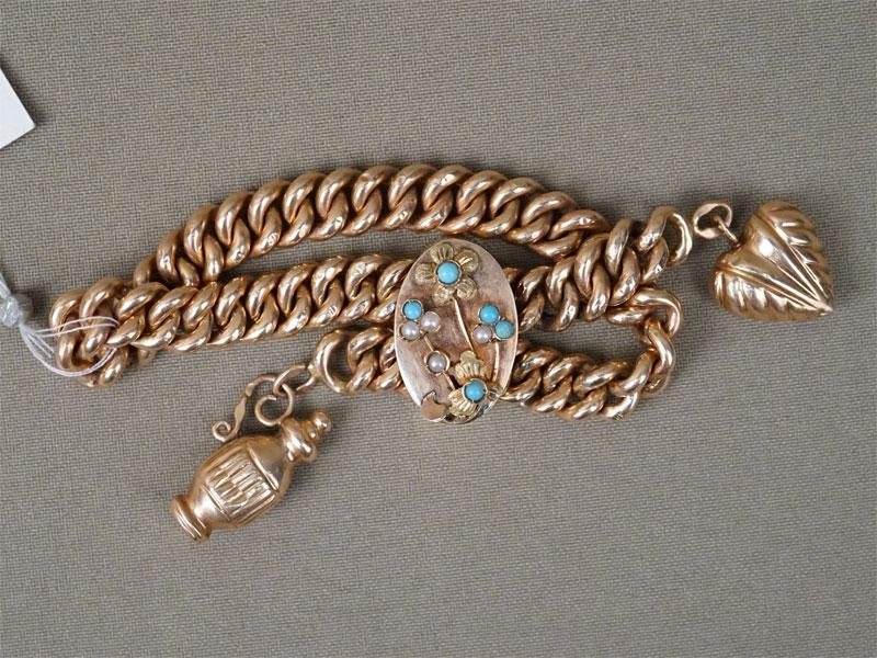 Браслет с подвесками, золото 56 пробы, , голубая смальта, стеклярус (имитация жемчуга), общий вес 20,92г., длина 19см