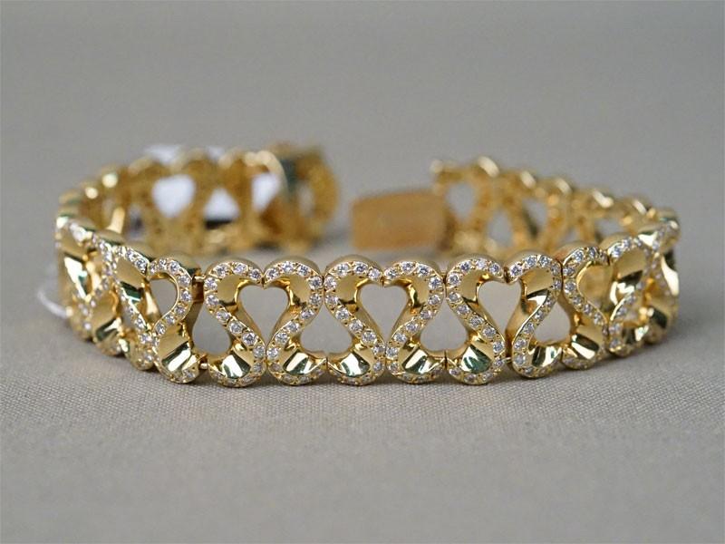 Браслет, золото по реактиву 750 пробы, общий вес 45,4г. Вставки: 362 бриллианта (Кр57 – 4,53ct 3-4/4-5)