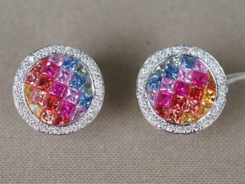 Серьги, золото по реактиву, вставки: бриллианты (64 бр кр57 0,45 4-5/4-5), цветные сапфиры (42 шт 3,23 ст), общий вес 8,24г.