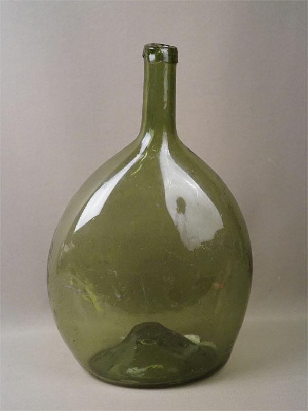Бутыль, зеленое гутное стекло, высота 34см, XIX век