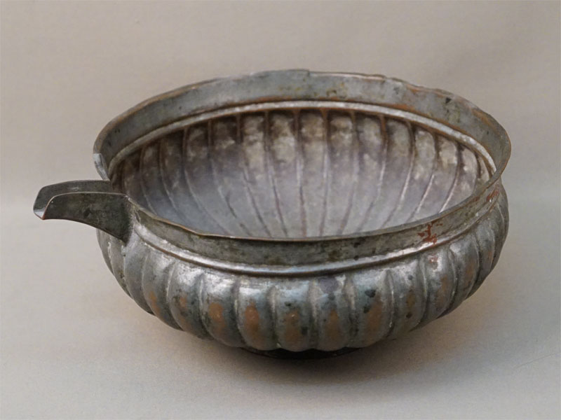 Ендова, медь, полуда, XIX век, диаметр 24см