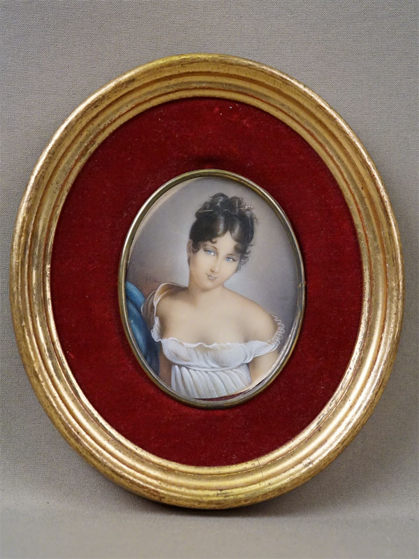 Миниатюра в раме «Мадам Рекамье», кости, гуашь, 9 × 7см, конец XIX века