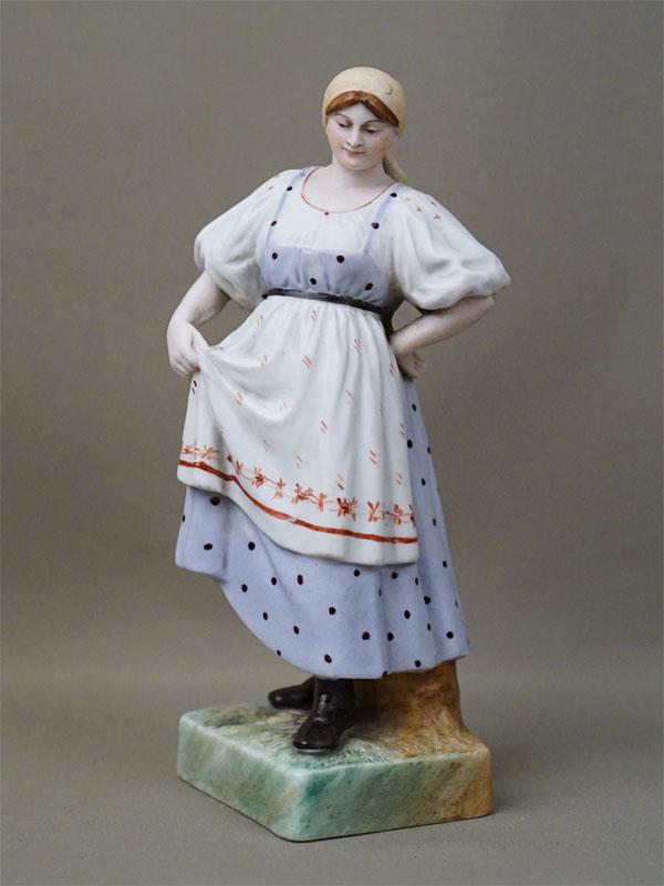 Скульптура «Плясунья», бисквит, роспись. Завод Гарднера, XIX век, высота 20см